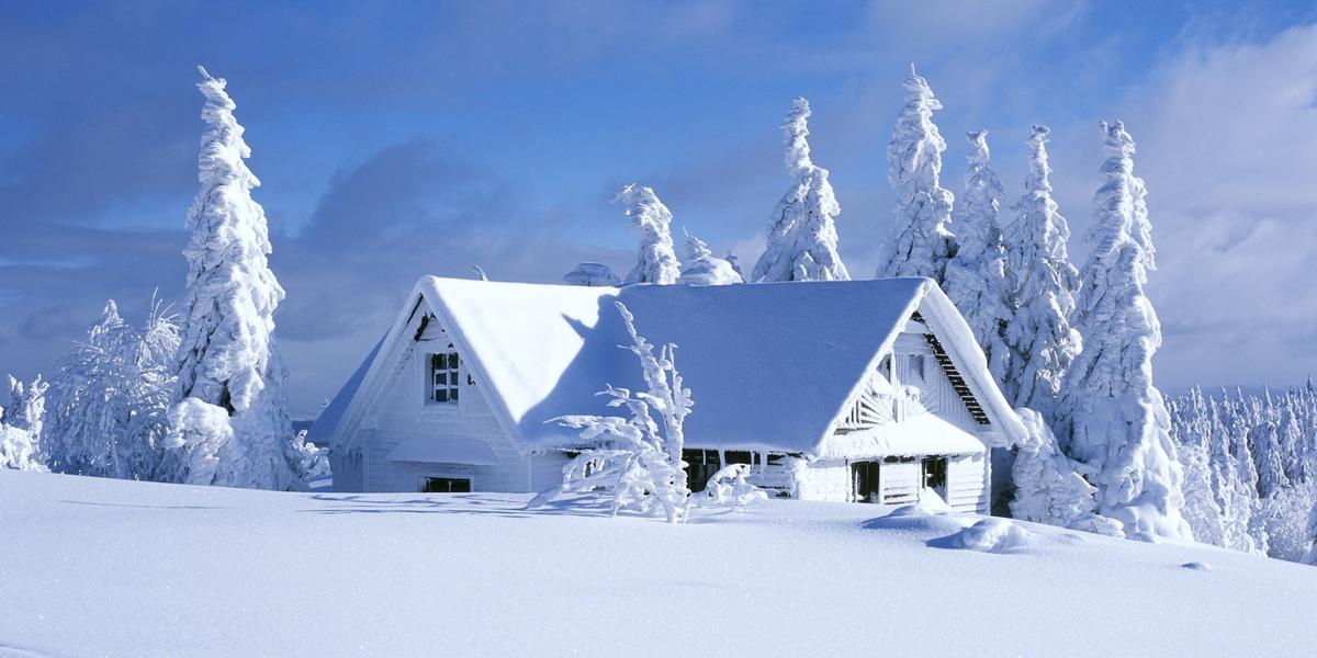 4mountain_chalet_covered_with_snow-wallpaper-2560x1440.jpg